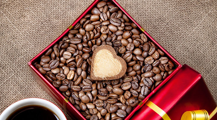 How can you surprise your coffee addicted partner on Valentine's Day