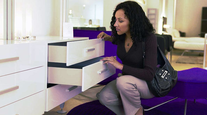 Beware: Bad credit can restrict you from buying furnitures