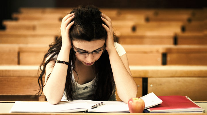 How can you stay away from debt trap in college?
